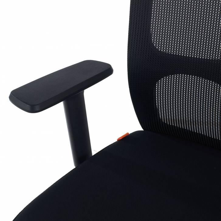 Pivot chair